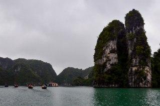 42 Bahía de Halong