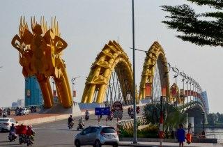 77.1 Danang Puente del Dragón