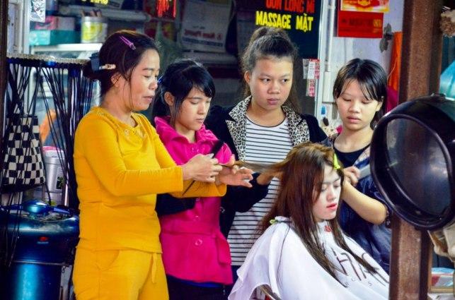 82 Hue - Mercado