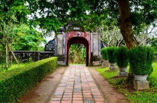 99 Hue Monasterio