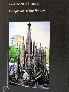 43 Sagrada Familia